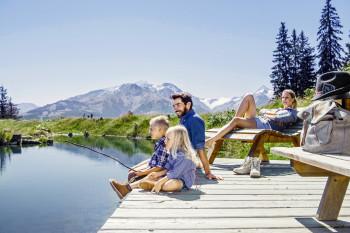 Im Sommer bieten die drei Pinzgauer Destinationen zahlreiche Wanderwege, erholsame Bergseen, Familienattraktionen und vieles mehr.