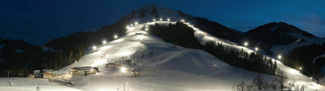 Mit zehn Pistenkilometern ist das Nachtskigebiet in Söll das größte in ganz Österreich.