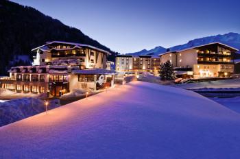 Im Mein Almhof befindet sich die Skischule Interski.