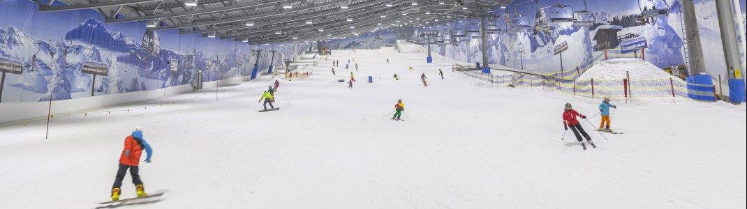 Auch im Sommer täglich geöffnet: die Skihalle in Neuss.