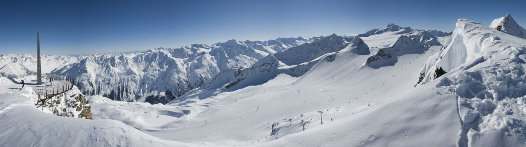 Slopes at the Tiefenbach Glacier are open as well.