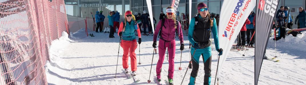 Startpunkt für die Touren ist die Bergstation am Gletscherexpress. Dort kann man sich auch das nötige Equipment leihen.