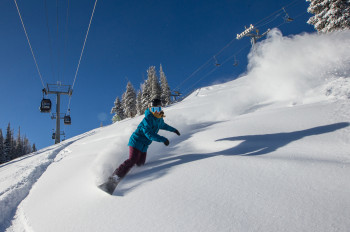 Pure powder pleasure awaits you at Aspen Mountain.
