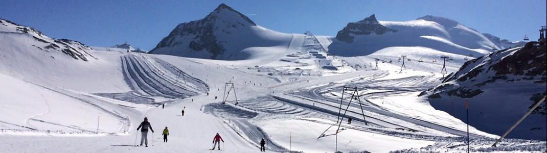 Die Pisten am Theodulgletscher sind sowohl von Schweizer als auch von italienischer Seite aus erreichbar und das ganze Jahr über geöffnet.