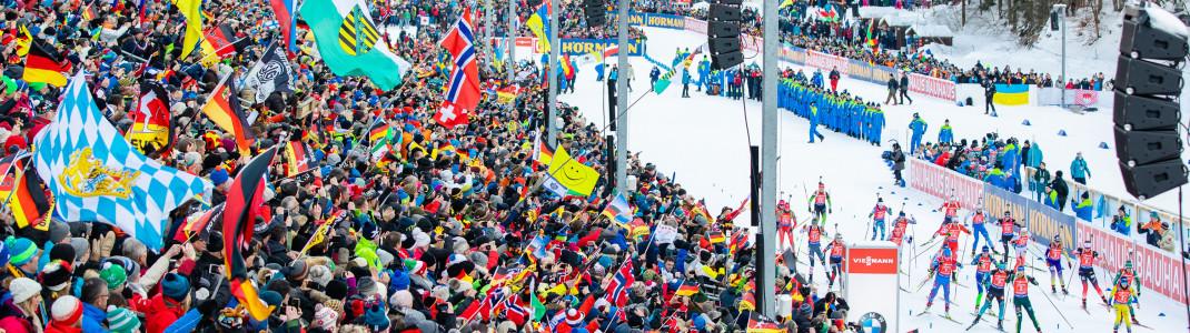 Bis zu 12.000 Fans haben auf der großen Tribüne am Schießstand Platz.
