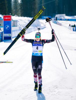 First austrian winning a gold medal at Biathlon World Championships: Lisa Theresa Hauser.