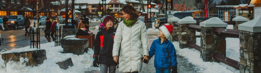 Vorbildfunktion: Zum Schutz der Kinder soll in Banff bald ein allgemeines Rauchverbot herrschen.