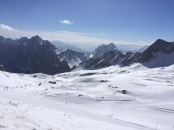 Die Skisaison auf der Zugspitze sollte am 13.11. starten.