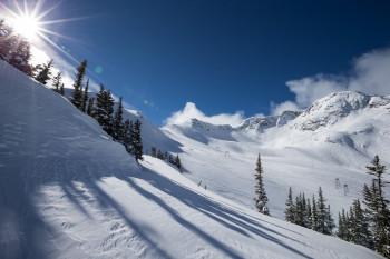 Auch Whistler Blackcomb, das größte Skigebiet in Kanada, hat den Betrieb eingestellt.