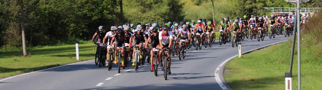 """Beim Arlberger Bike Marathon im August entscheidet sich, wer als Sieger im Alpin-Dreikampf """"Arlberg Adler"""" hervorgeht."""