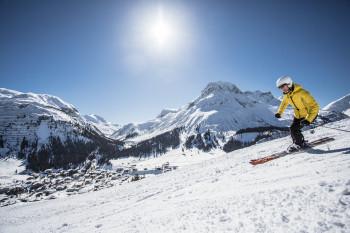 305 nathlos verbundene Pistenkilometer erwarten euch in Ski Arlberg.