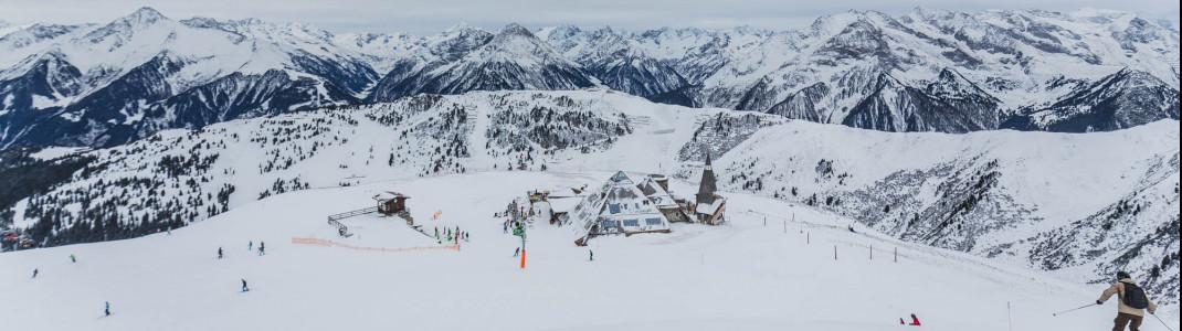 Die Pyramide der Schneekarhütte fotografierst du am Besten von der Bergstation des Schneekarlifts aus.