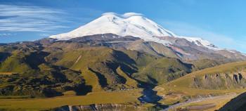Der Gipfel des Mt. Elbrus misst sogar 5642m.