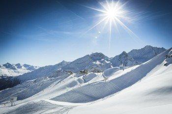 Auf 144 Pistenkilometern findet im Skigebiet Sölden vom Anfänger bis zum Profi jeder eine geeignete Abfahrt.