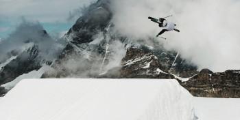 """Vom Anfänger bis zum Pro - im Snowpark """"Winter Zermatt"""" findet jeder die richtige Line."""