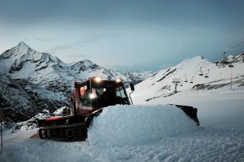 Einmal mit dem Pistenbully fahren - der heimliche Traum vieler Skifahrer.