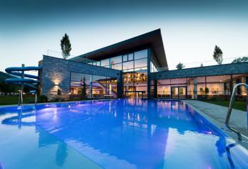 Die neuen Badewelten im Sportcamp Woferlgut erstrecken sich über 4.500 m².