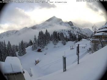 Fast zwei Meter Schnee liegen mittlerweile am Fuße der Zugspitze. (Webcambild vom 19.1.)