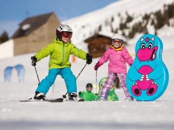 Das Kinderland im Skigebiet Zettersfeld ist ein wahrer Traum für kleine Pistenfans.