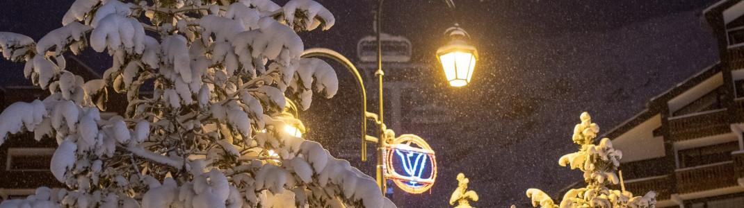 Kräftig eingeschneit wird auch wieder der französische Bergort Val Thorens.