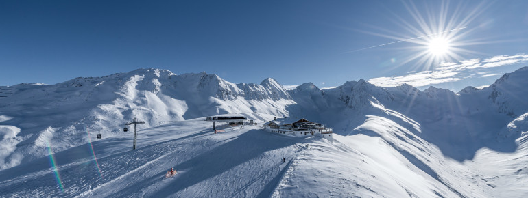 Obergurgl-Hochgurgl: Moderne Liftanlagen und absolute Schneesicherheit auch im Frühjahr