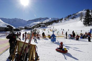 Im malbi-Park lernen die Kleinen das ABC des Wintersports.