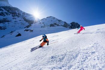 Ob Familienhang oder Kandahar-Abfahrt - in den beiden Skigebieten Garmisch-Classic und Zugspitze findet jeder die geeignete Piste.