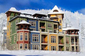 Ski-in/Ski-out vom Feinsten: Die exklusive Snowbird Lodge direkt am Fuße des Skigebiets Silver Star.