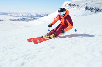 Halti produces high-quality clothing for professional and recreational athletes.