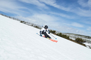 The Halti Glory Ski Jacket in white is the latest FIS women's jacket.