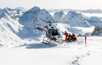 A ski or mountain guide is necessary for heliskiing.