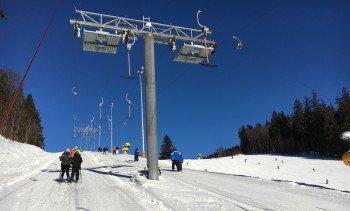 Sie werden ersetzt: Die beiden Holzschlag-Schlepplifte, die an der Skiarena starten.