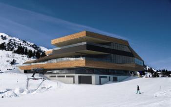Das neue Bergrestaurant Mountain View ist in der zentralen Bergstation der Seilbahnen untergebracht.