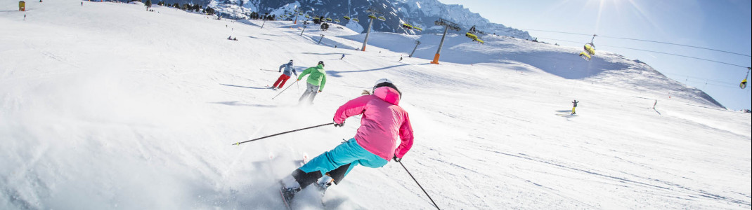 Rund 70 Pistenkilometer im Skigebiet sind blau und rot markiert.