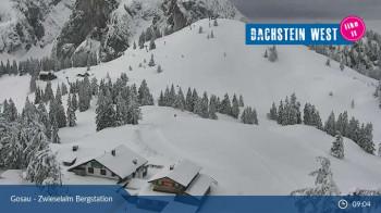 Tief verschneite Bilder zeigt die Webcam auch noch Mitte Mai auf der Zwieselalm.