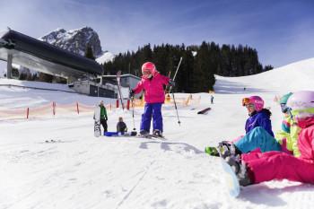 Das Skigebiet Muttereralm ist vor allem bei Familien beliebt.