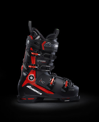 The Speedmachine 3 130 S (GW) from Nordica lives up to its name.