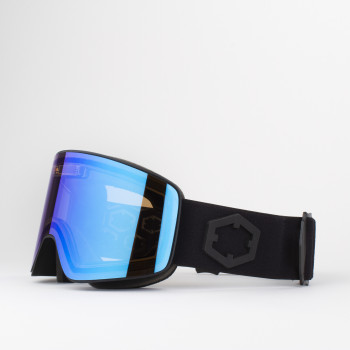Out Of presents an electronic lens for sports goggles with the Electra.