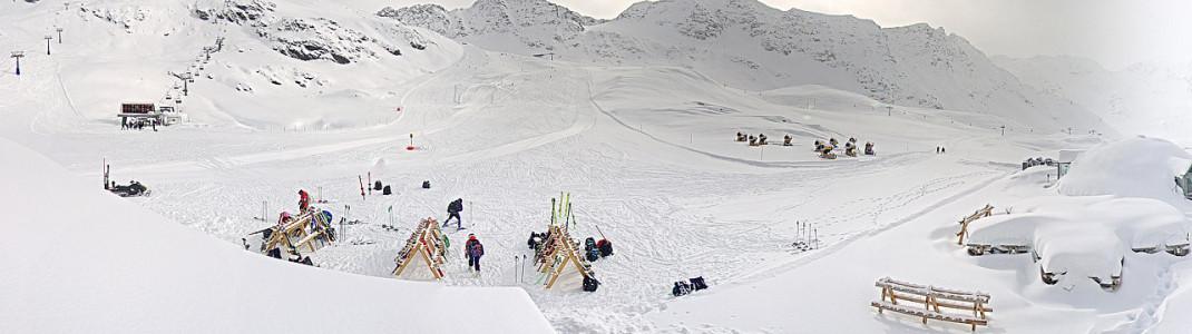 In Sulden in Südtirol läuft der Skibetrieb mit jeder Menge Neuschnee weiter.
