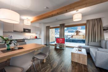 Du hast die Wahl zwischen Hotelzimmern und geräumigen Ferienapartments.