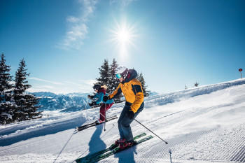 Mit der Ski ALPIN CARD warten rund um Kaprun mehr als 400 Pistenkilometer darauf entdeckt zu werden.