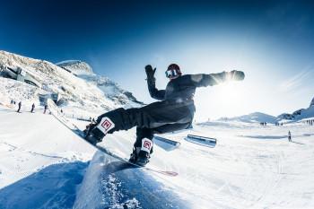 Am Kitzsteinhorn gibt es gleich drei Snowparks.
