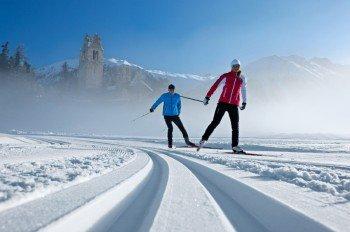 Die Grundtechnik des nordischen Skisports lässt sich leicht erlenen.