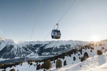 Schöneben liegt am Reschenpass, nahe dem Dreiländereck zwischen Südtirol, Österreich und Schweiz.