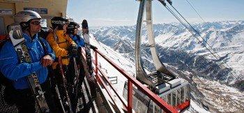 Die 80er-Kabinen-Seilbahn befördert bis zu 800 Personen pro Stunde auf den Schnalstaler Gletscher.