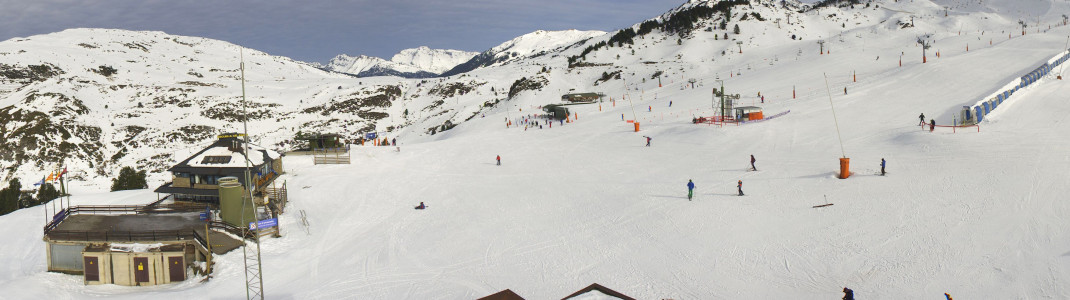 Die ersten Skigebiete in Spanien sind bereits geöffnet, wie hier Baqueira Beret.