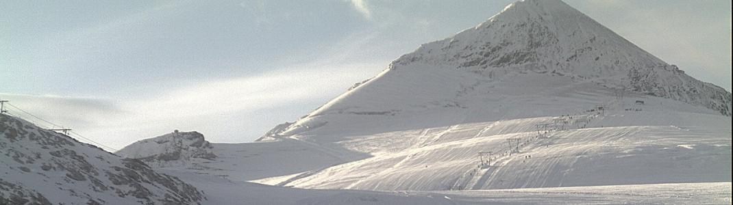 Endlich kann am Stilfser Joch wieder Ski gefahren werden.