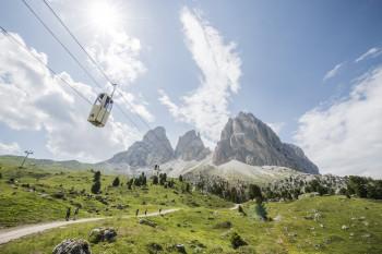 Ab 25. Mai dürfen in Südtirol nicht nur Hotels sondern auch Seilbahnen wieder öffnen.