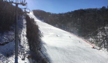 Bei Koreanern sehr beliebt: die Abfahrten im Skigebiet Yongpyong.