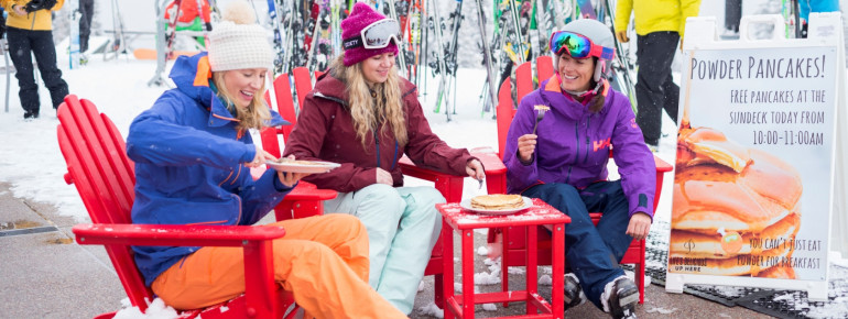 Bei Neuschnee gibt's in Aspen kostenlose Pfannkuchen.